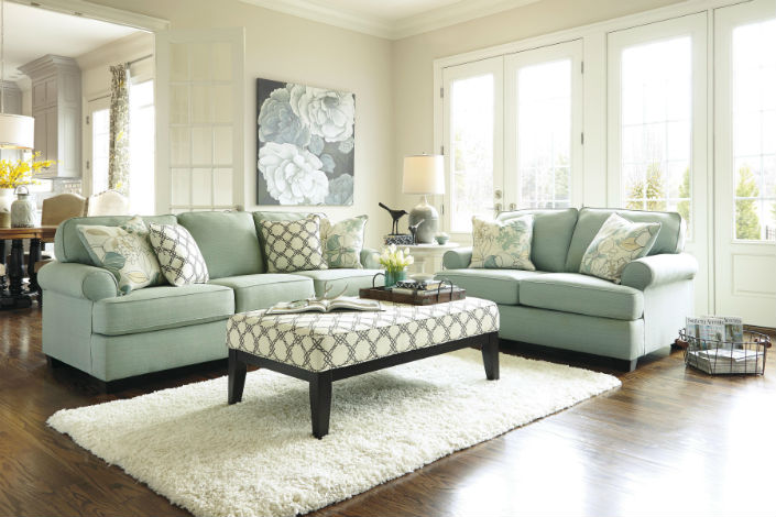 Top 5 Fresh and Airy Living Room Sets
