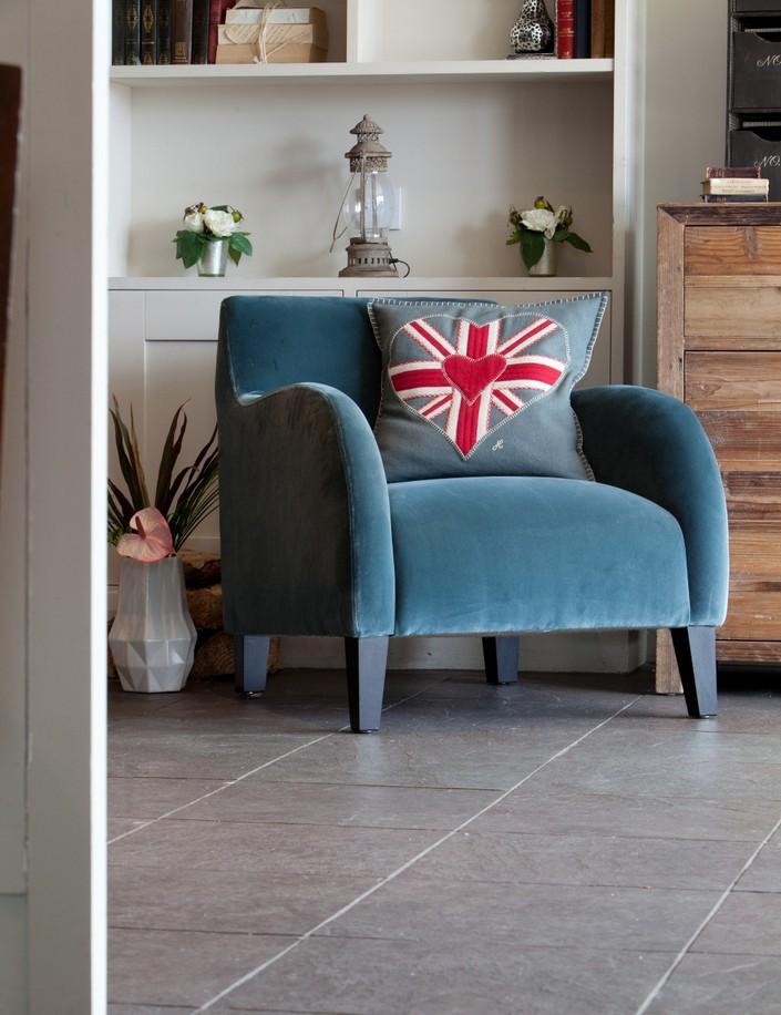 b LIVING ROOM DECOR IDEAS Top 50 Blue Velvet Armchairs (13) home inspiration ideas