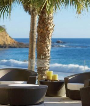 Summer Home Décor: 7 Outdoor Coffee Tables