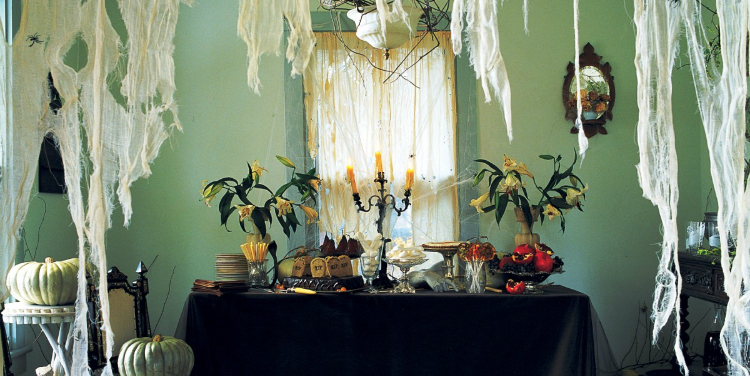 Halloween Decoration Ideas, Halloween Ideas, Halloween house, Martha Stewart