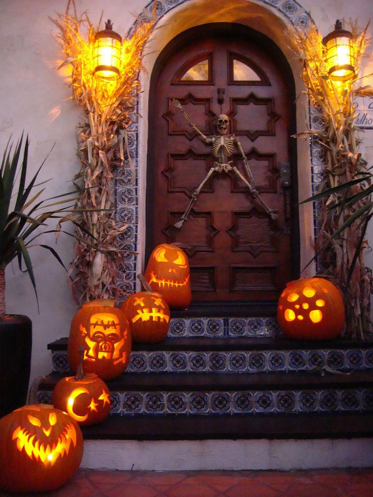 Halloween decoration ideas Halloween Door Decorations Halloween decor (6) home inspiration ideas