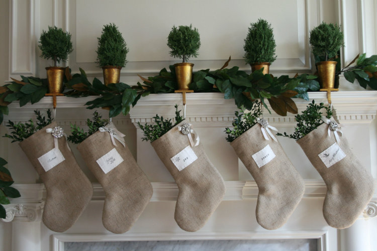 Christmas Stocking Ideas To Cheer Up Your Home Decoration