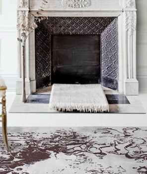 Living space tips 8 large area rugs ideas that are a show-stop posidon-rug by Boca do Lobo