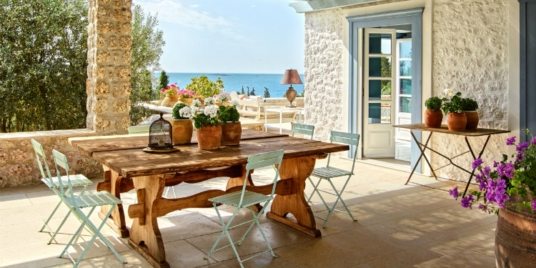 Creative home decorating ideas with Greek-Summer inspiration ...