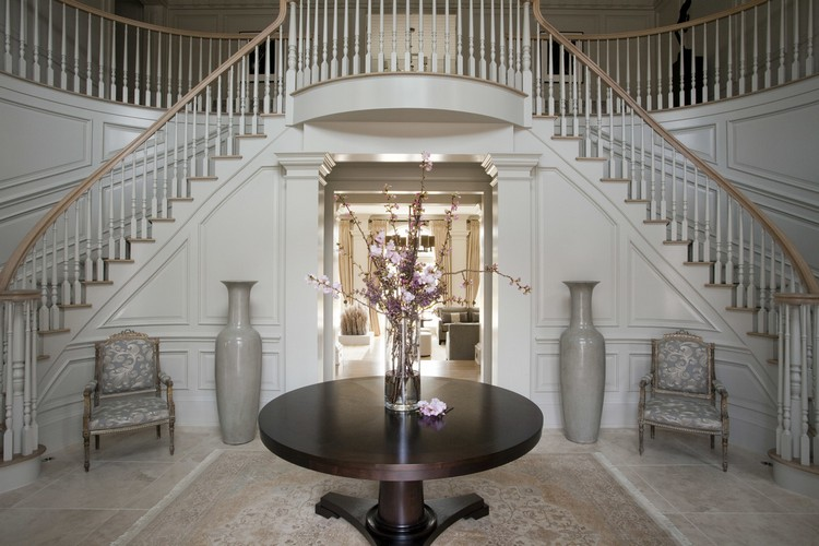 Interior design styles - Greenwich traditional entrance decor ideas by Taylor Howes home inspiration ideas
